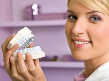 protezirovanie-zubov-v-rostove-na-donu